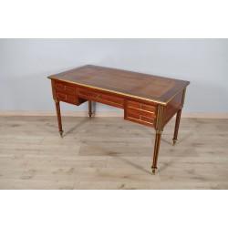 Bureau plat style Louis XVI