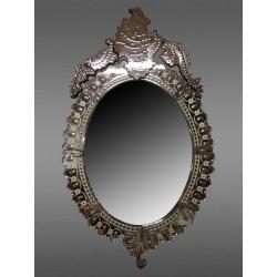 Mirror Of Venice Oval é Fronton