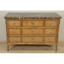 Louis XVI chest of drawers stamped Gosselin