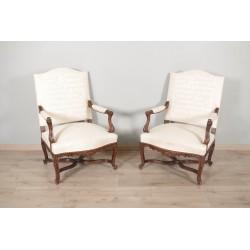 Paire de fauteuils style Régence